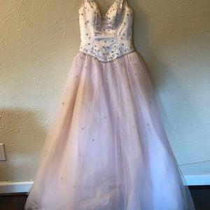 Mary's Bridal Dresses - Prom Dress - Size 6 - Mary's Bridal